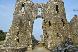 Robeston Wathen and Llwhaden Castle